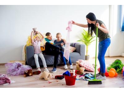 <Как научить детей беречь и ценить вещи