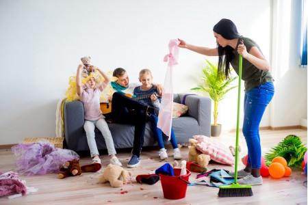 Как научить детей беречь и ценить вещи