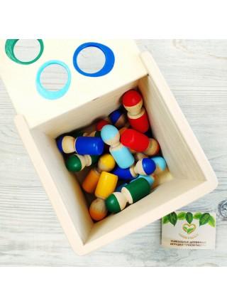 Счетный материал Разноцветные человечки в коробочке - сортере