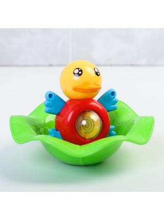 Игрушка для купания «Уточка», с крутящимся шариком