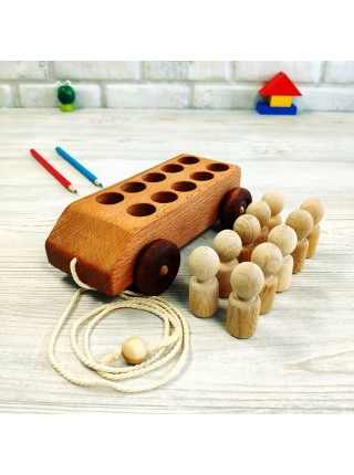Деревянная машинка с 10 пассажирами. Леснушки L0814