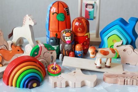 Поговорим о пользе деревянных игрушек